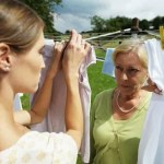 7 CARA DAN TIPS AGAR MAKIN DISAYANG MERTUA