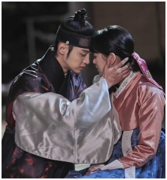 "Jang Dong Yoon y Kim So Hyum para el drama ""The Tale of Nokdu"" ."