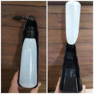 Los bebederos de botella permiten llevar agua si vas a viajar con el perro. También son fáciles de llenar y usar.
