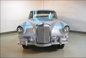 Mercedes-Benz 300c Berlina designed by Ghia 22