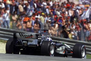 mclaren_mercedes-benz_mp4-17_14