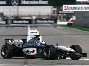 mclaren_mercedes-benz_mp4-17_16