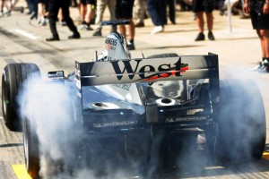 mclaren_mercedes-benz_mp4-17_17