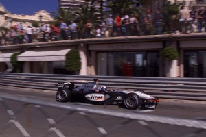 mclaren_mercedes-benz_mp4-17_18