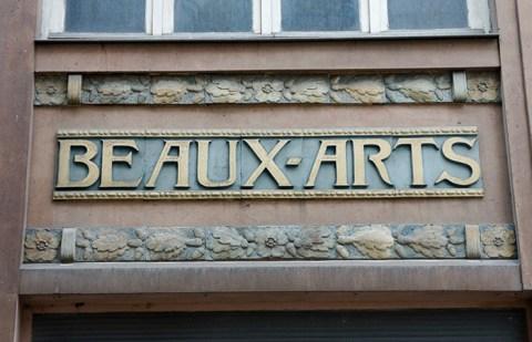 Enseigne à Reims