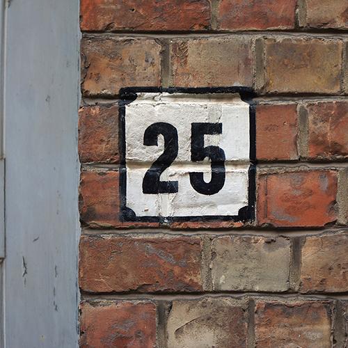 Chiffre 25 Numéro Rue