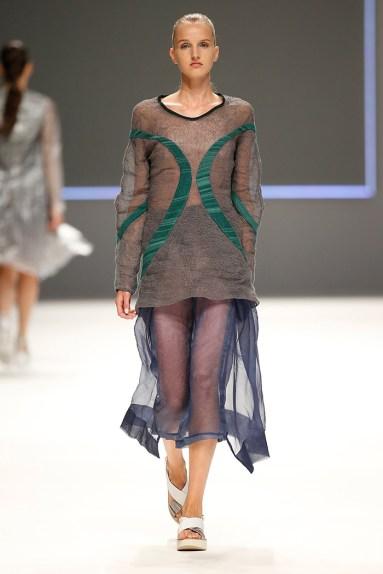 "Natalia Otero @ Modafad ""Project T"" (080 Barcelona Fashion)"