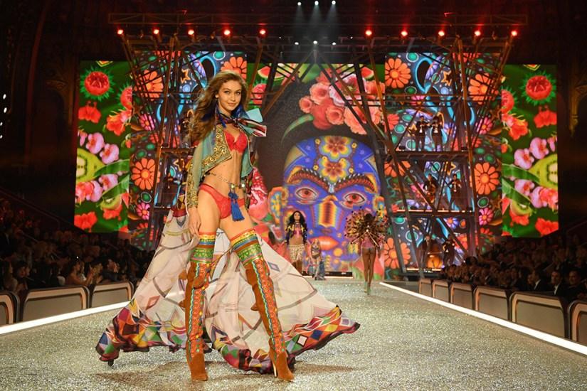 Victoria's Secret Fashion Show 2016