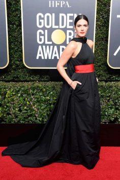 Mandy Moore (Rosie Assoulin)