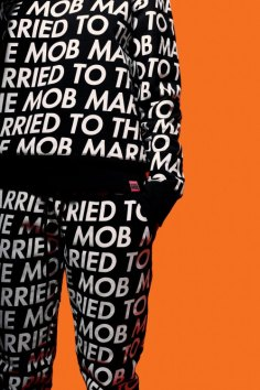 Married to the Mob SS17