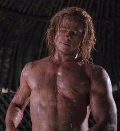 Brad Pitt in versione 'dio del tuono'