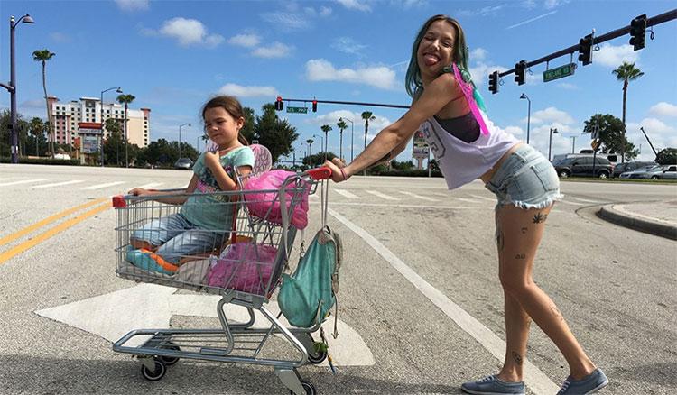 Crítica de The Florida Project, de Sean Baker: derrocha realismo en cada  secuencia