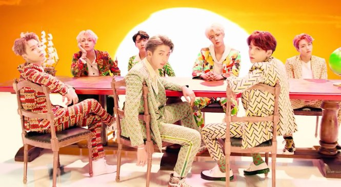IDOL de BTS logra récord de visitas en Youtube