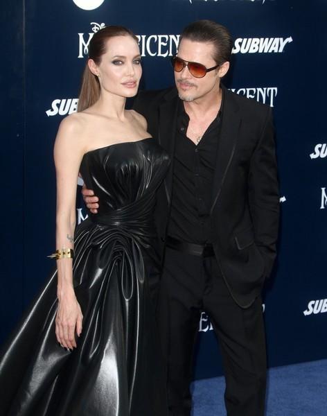 Angelina Jolie y Brad Pitt NO se reconcilian! El divorcio continúa!