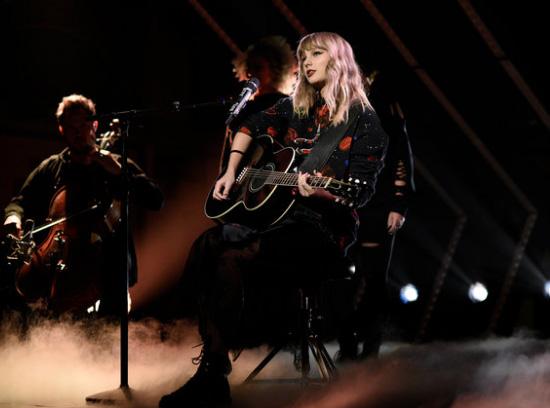 Reputation de Taylor Swift disco más vendido 2017!