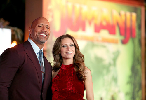 Dwayne The Rock Johnson sera padre por 3ra vez! Premier Jumanji