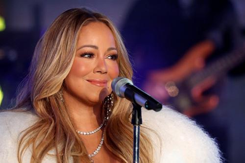Mariah Carey regresa al New Years Rockin' Eve y brilla