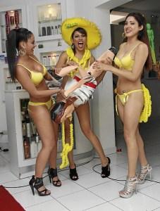 Kathy García , Leslie Castillo , Rosario Ponce
