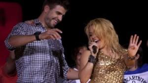 Mercedes Benz, cantante, Shakira, Piqué