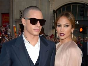 Jennifer Lopez , Casper Smart, bar gay, bailarín