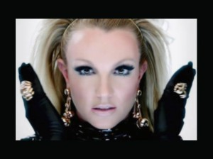 Britney Spears , Will.i.am , The X Factor , Scream and Shout , Video del Día