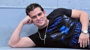revista , Cantante , Combate , combatiente , Christian Domínguez