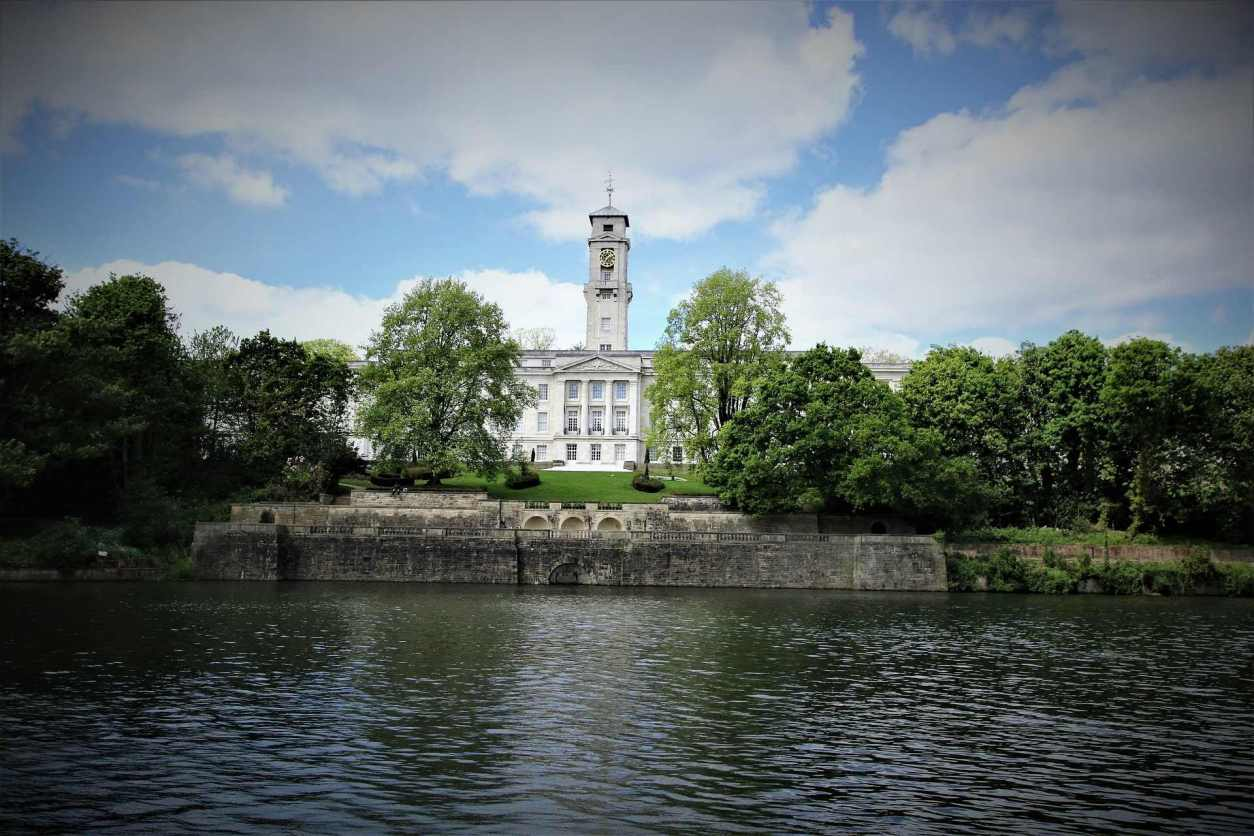 river-and-historic-building-nottingham-university-park-campus-and-highfields-park-places-to-visit-in-nottingham