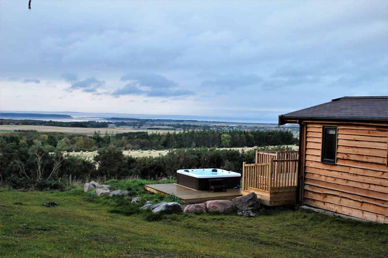 ben-klibreck-lodge-with-hot-tub-with-countryside-views