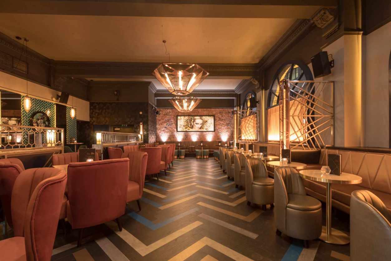dirty-martini-restaurant-and-bar-bottomless-brunch-leeds