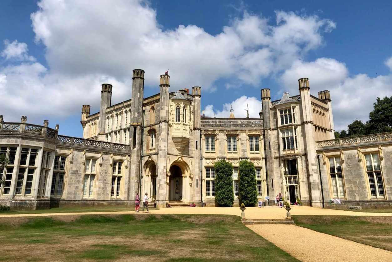 highcliffe-castle-under-blue-cloudy-skies-castles-in-dorset