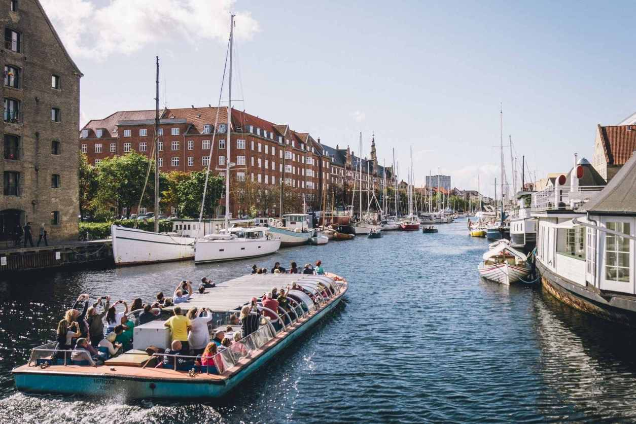 tourists-riding-on-boat-through-copenhagen-canals-3-days-in-copenhagen-itinerary