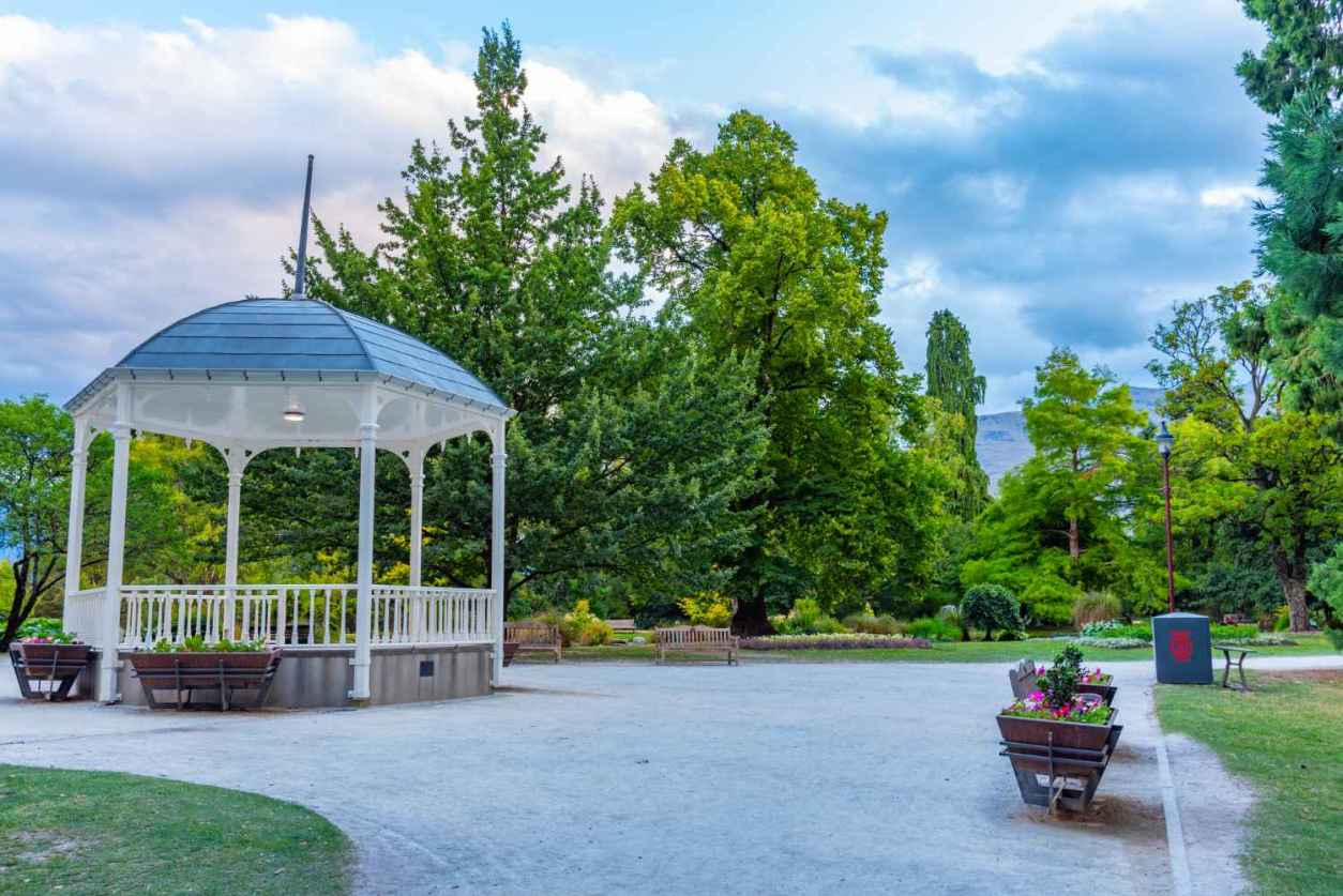 bandstand-amid-trees-in-queenstown-gardens