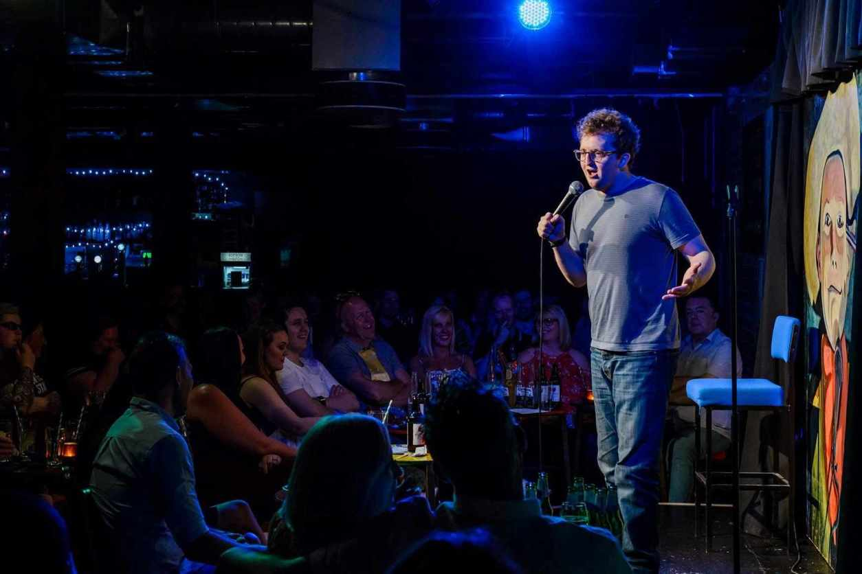 comedian-on-stage-at-the-stand-comedy-club-newcastle