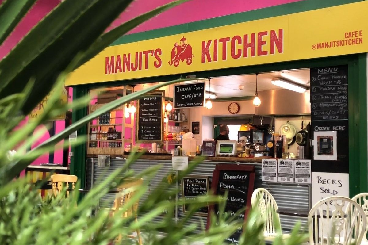 manjits-kitchen-indian-cafe-and-bar
