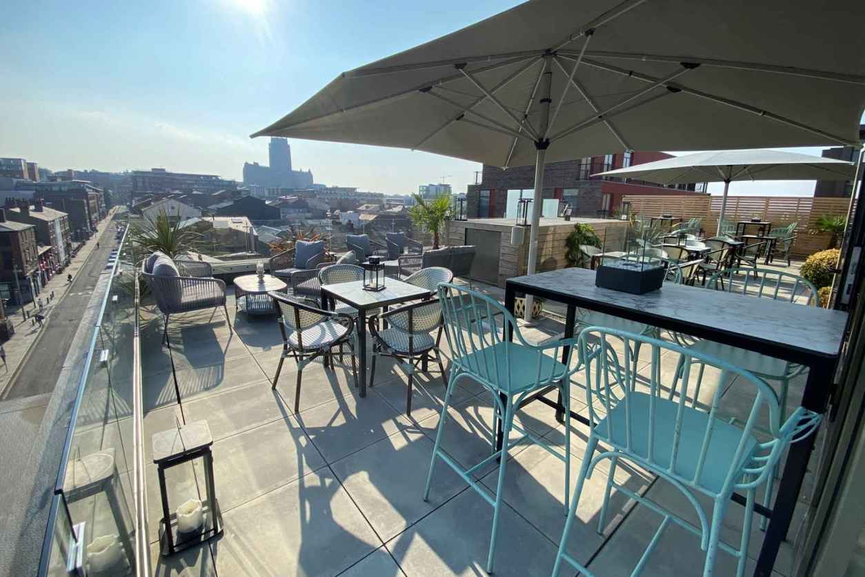 rooftop-bar-overlooking-city-at-five-liverpool-best-cocktail-bars-liverpool