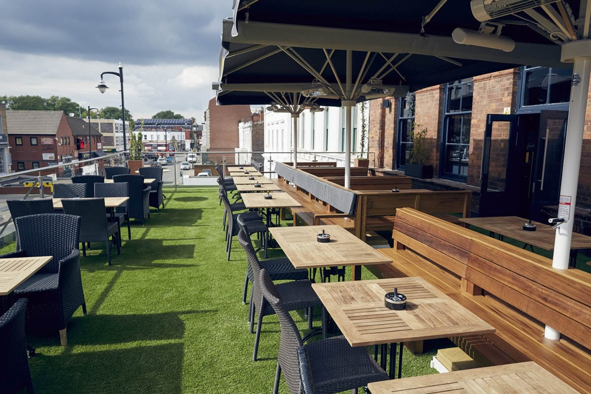 tables-on-roof-terrace-of-the-button-factory