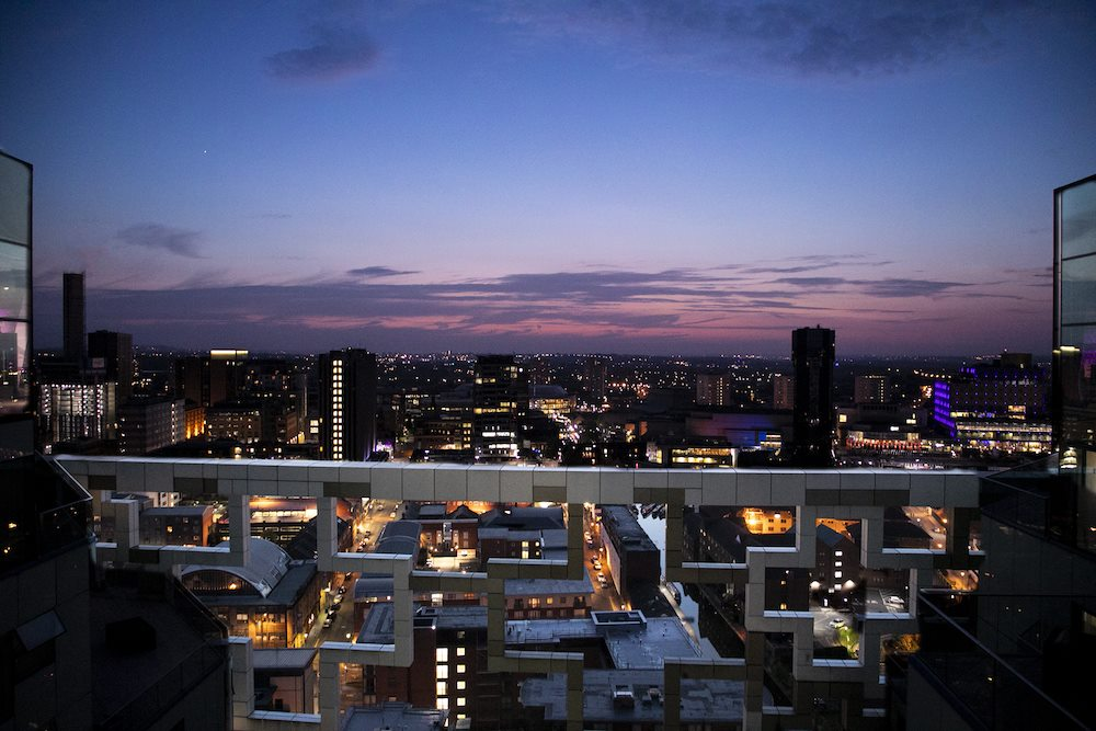view-from-marco-pierre-white-steakhouse-bar-and-grill-at-night