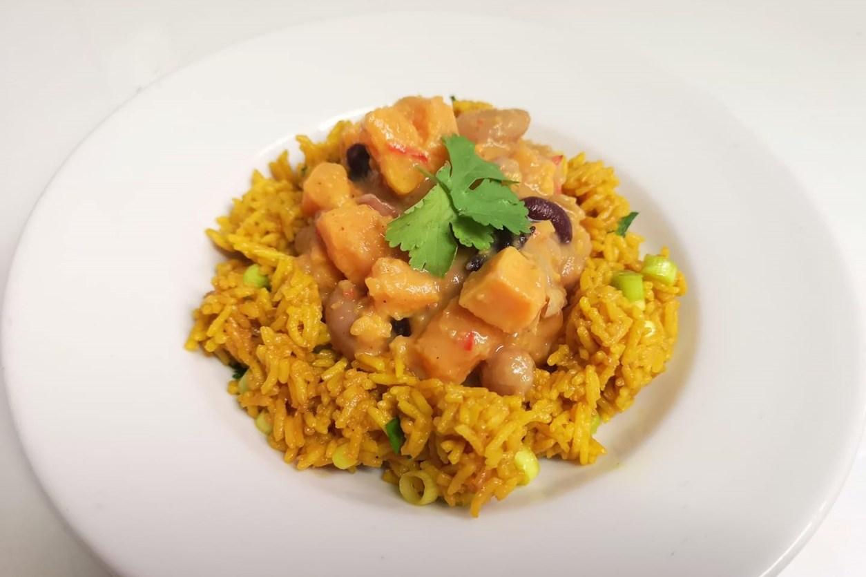 bowl-of-vegan-food-at-green-kitchen