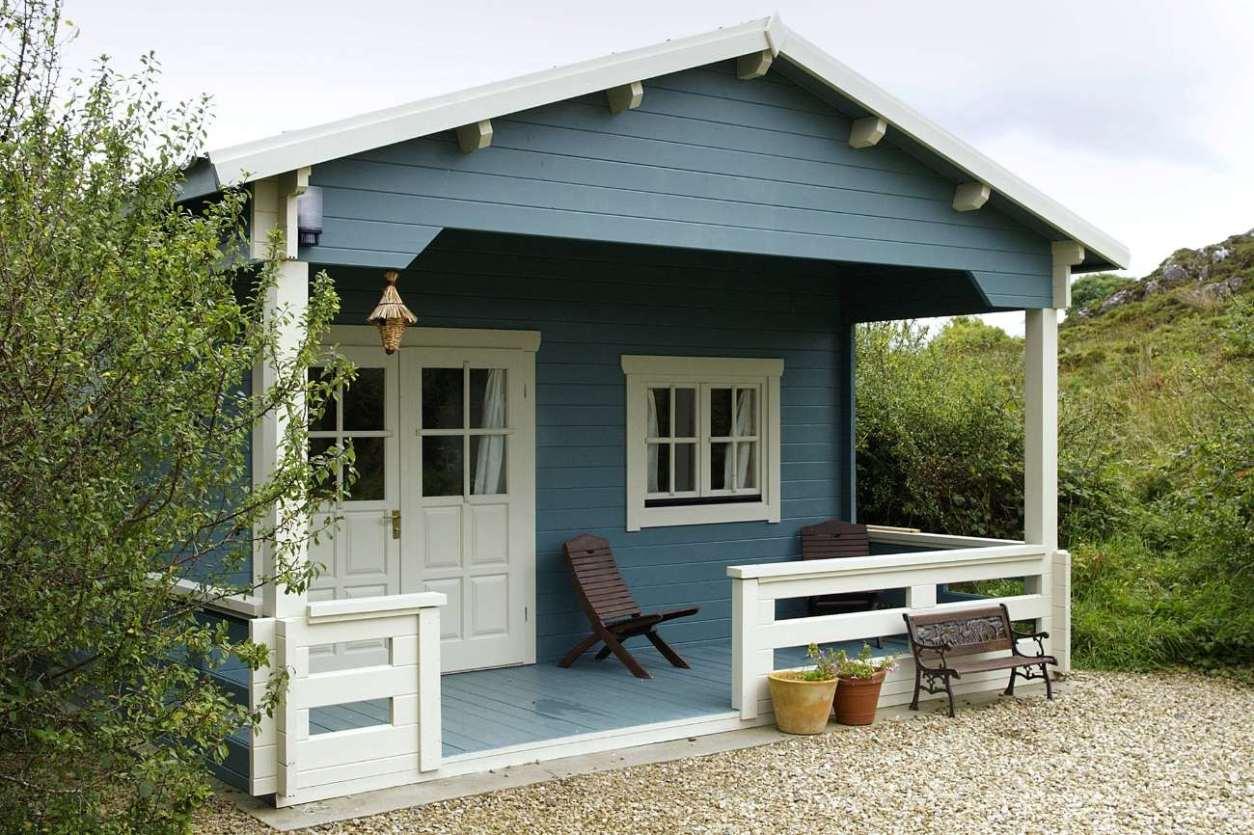 blue-hawthorn-cabin-at-ard-nahoo-eco-retreat