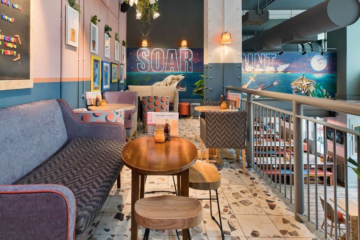 indoor-balcony-inside-soar-point-pub-bottomless-brunch-leicester