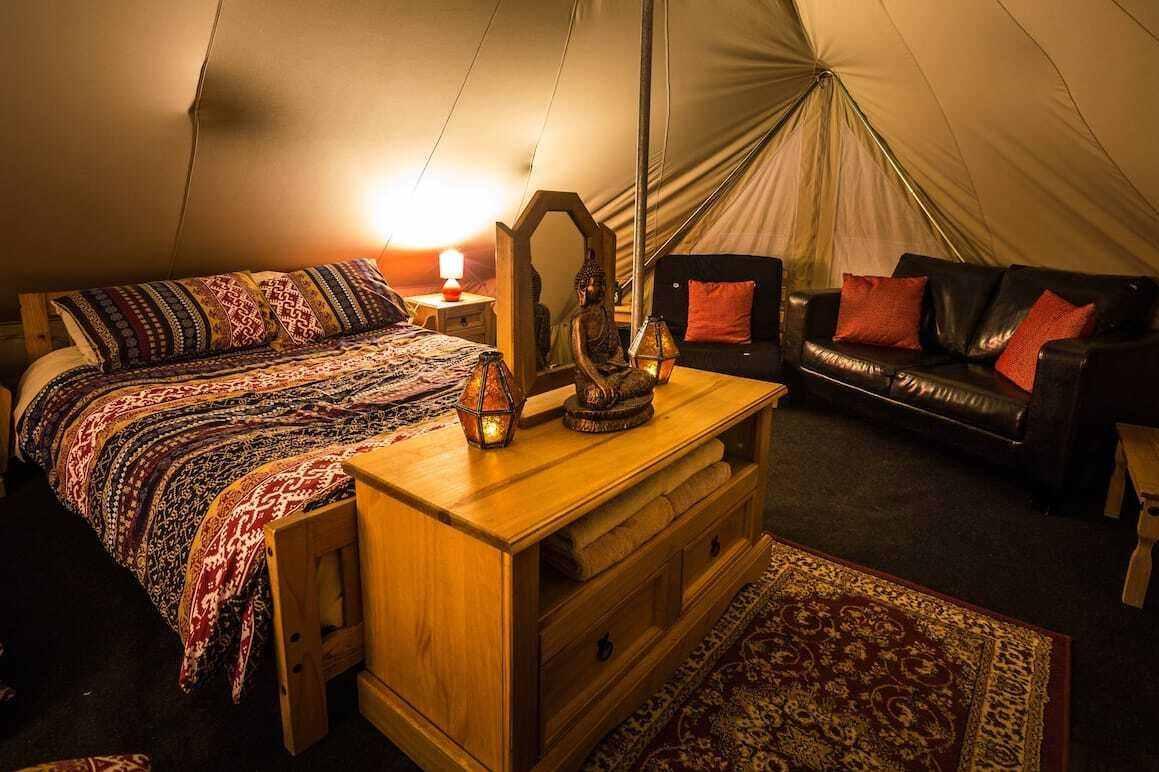 interior-of-doolin-glamping-emperor-bell-tent
