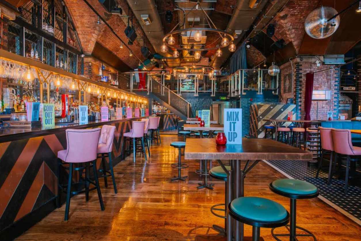 interior-of-revolution-bar-and-restaurant-in-deansgate-bottomless-brunch-manchester