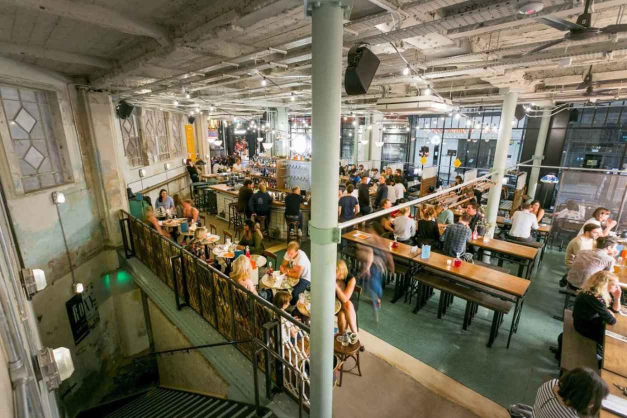 people-eating-inside-canova-hall-restaurant