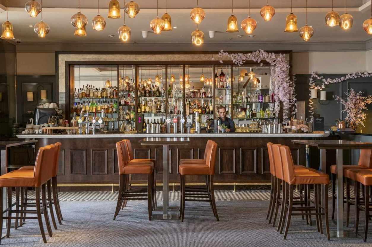 bar-and-tables-inside-metropole-bar