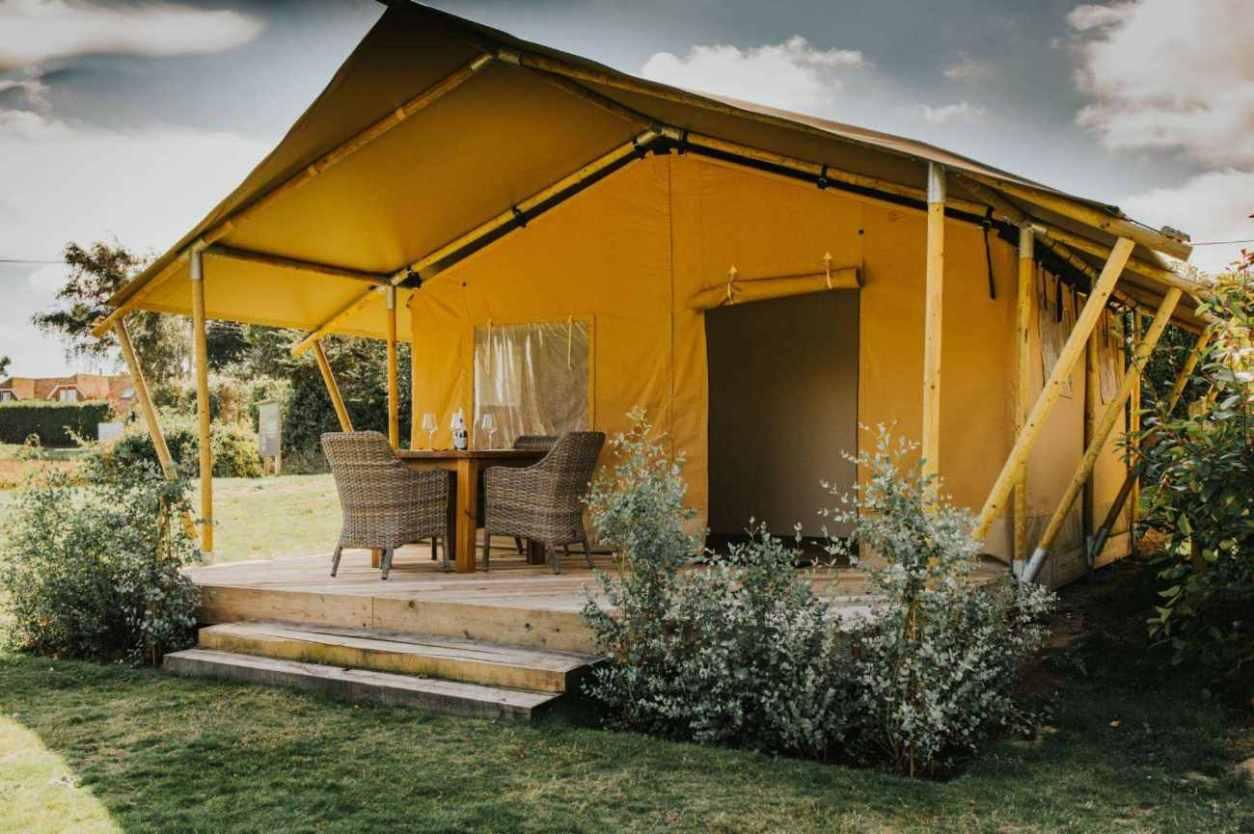 exterior-of-yellow-ham-hideaway-yellow-safari-tent-glamping-kent