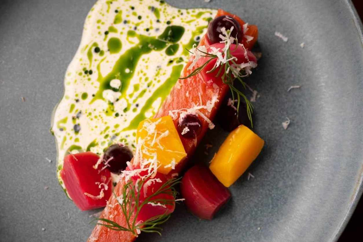 plate-of-food-in-thomas-by-tom-simmons-restaurant