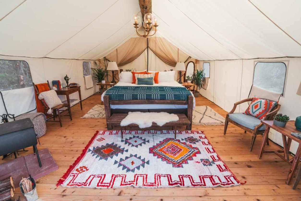 interior-of-collective-hill-country-safari-tent