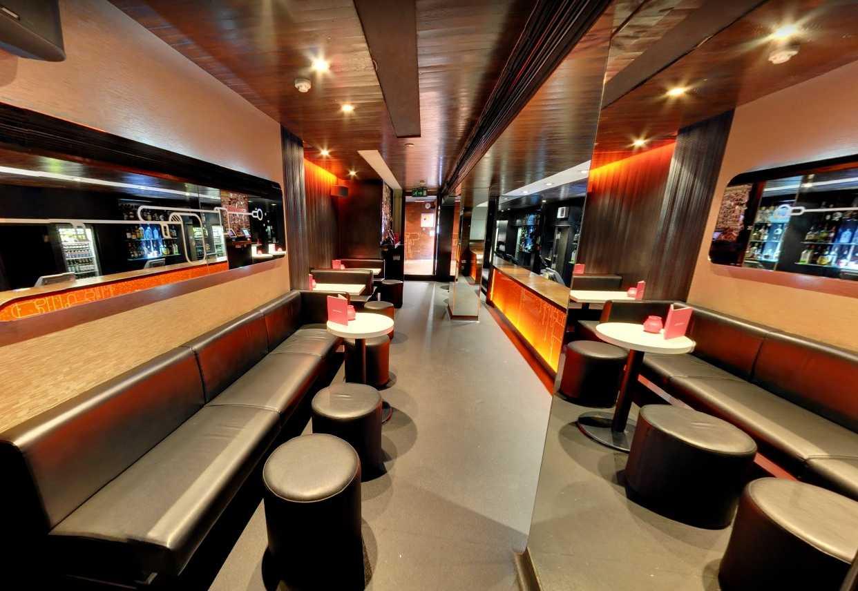 interior-of-lucky-voice-karaoke-bar-soho