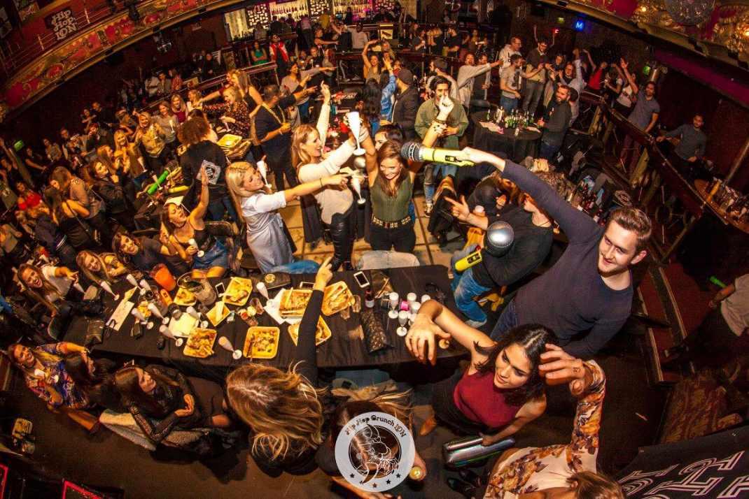 people-drinking-at-hip-hop-brunch-event