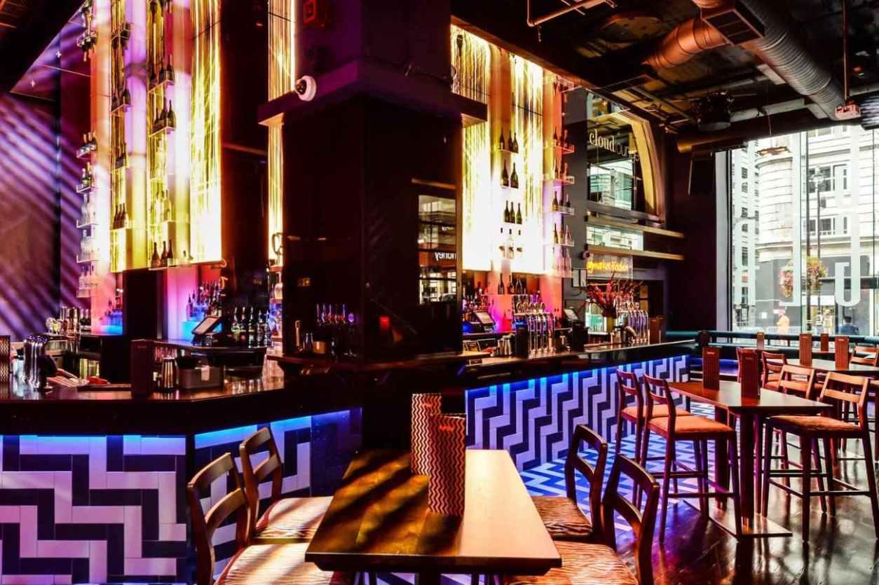 tables-and-bar-inside-tiger-tiger